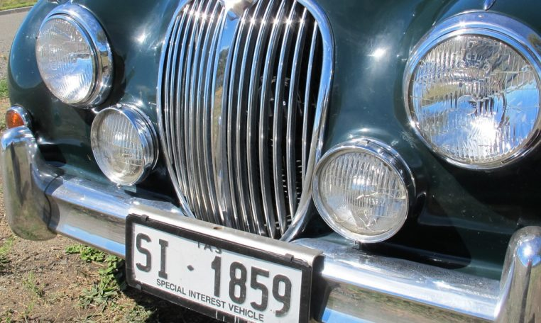 1964 Jaguar Front Grill