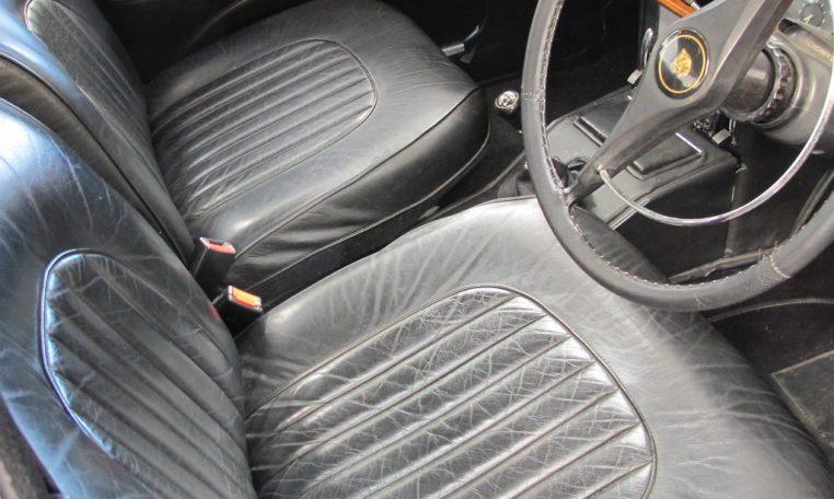 1964 Jaguar Interior Front