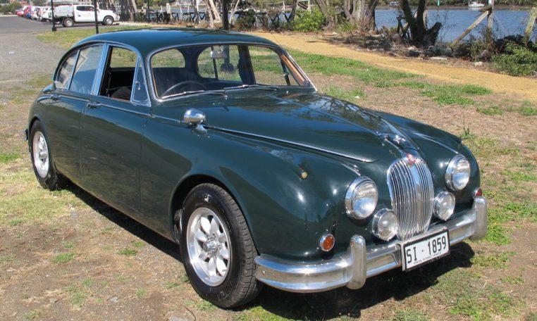 1964 Jaguar Side Profile