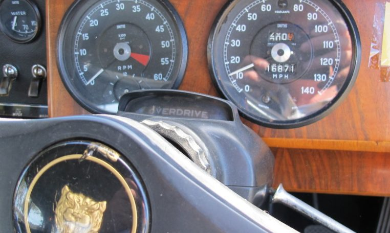 1964 Jaguar Front Dash