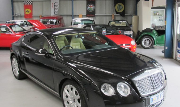 2004 Bentley Continental GT Front Profile