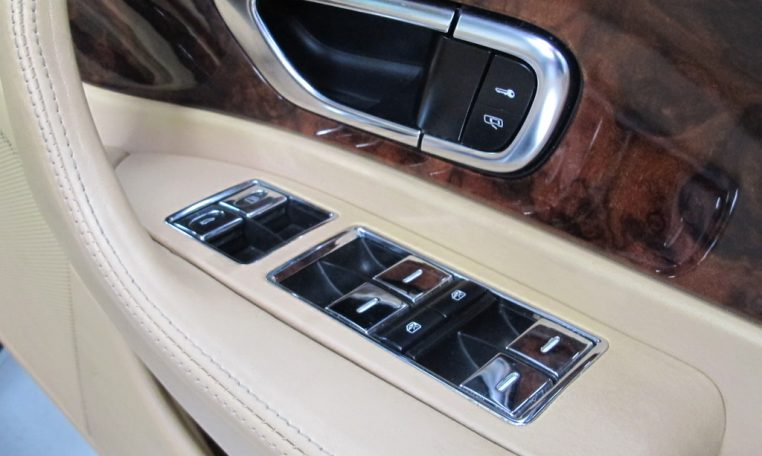 2004Bentley Continental GT Window Controls