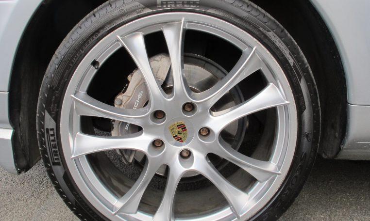 2008 Porsche Cayenne - Wheel