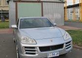 2008 Porsche Cayenne - Front Grill