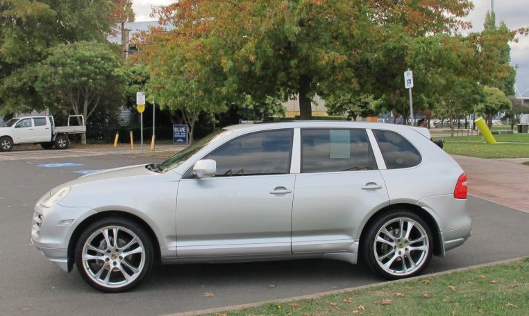 2008 Porsche Cayenne - Side Profile