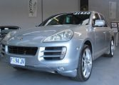 2008 Porsche Cayenne - Passenger Head Light