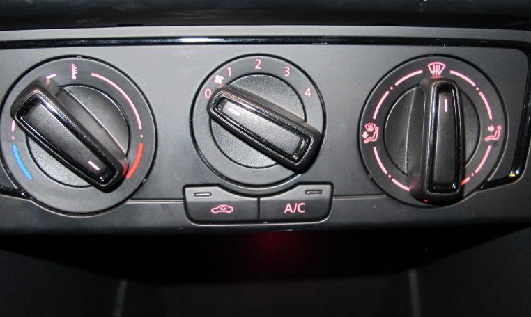 2015 VW Polo - Heater Controls
