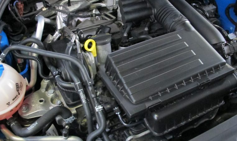 2015 VW Polo - Engine