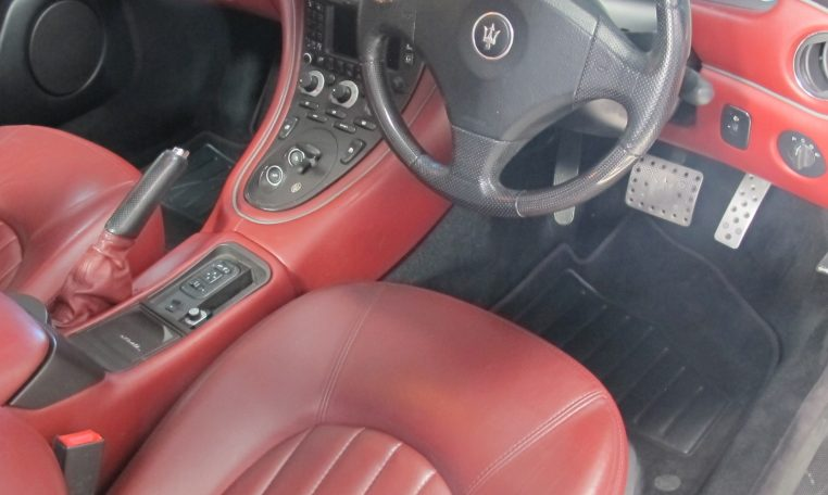 2004 Maserati 4200 GT - Steering Wheel