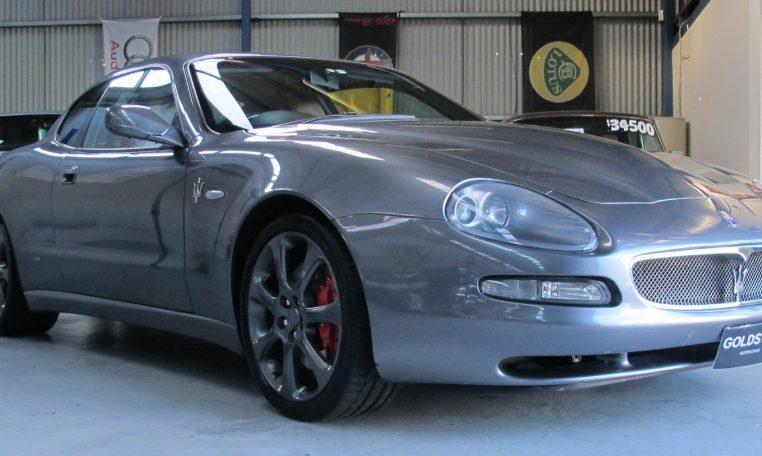 2004 Maserati 4200 GT - Front Lights