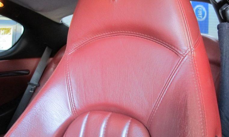 2004 Maserati 4200 GT - Front Seat