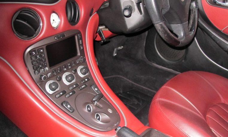 2004 Maserati 4200 GT - Dash