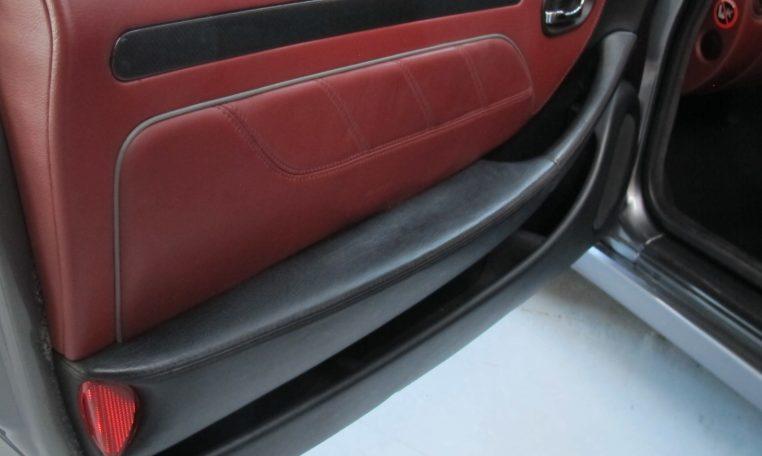 2004 Maserati 4200 GT - Inside Passenger Door