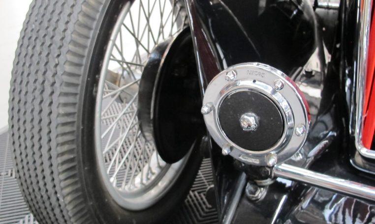 1948 MG TC - Horn