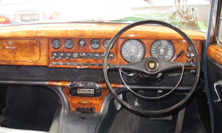 1966 Jag S-Type - Steering Wheel