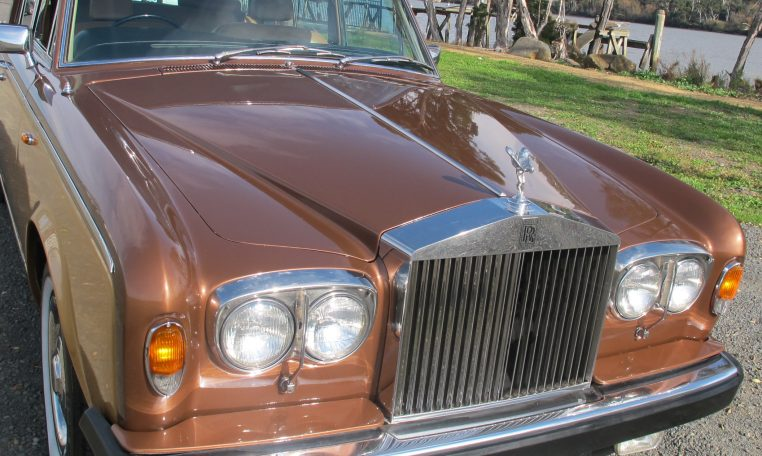 1980 Rolls Royce - Front Grill