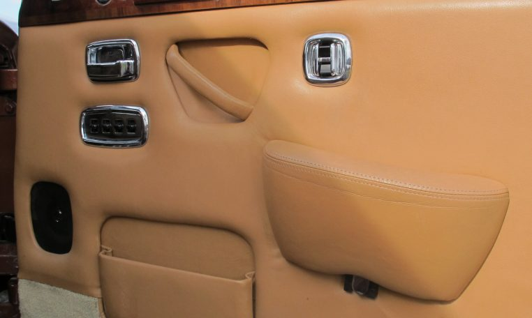 1980 Rolls Royce - Inside Drivers Door