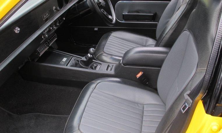 1974 L31 SLR/5000 Torana - Front Seats