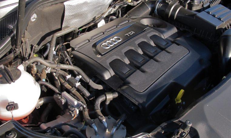 2016 Audi Q3 - Engine Bay
