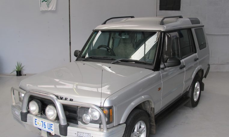 2002 Discovery 2 - Front