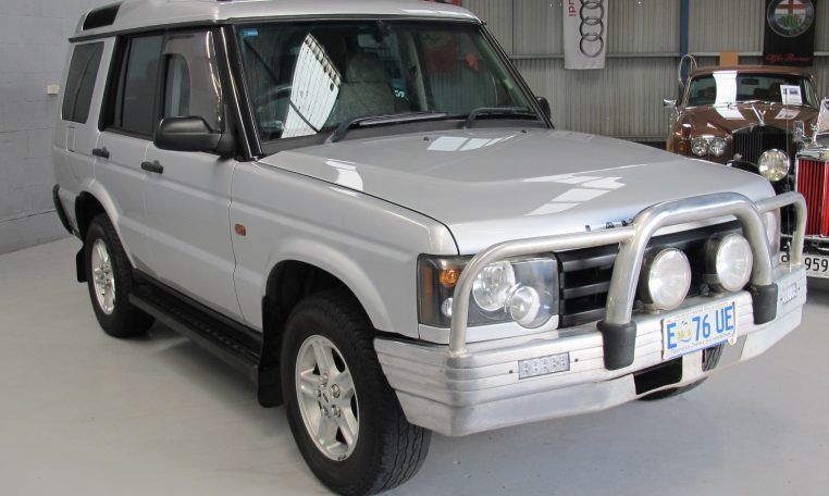 0220 Discovery 2 - Front