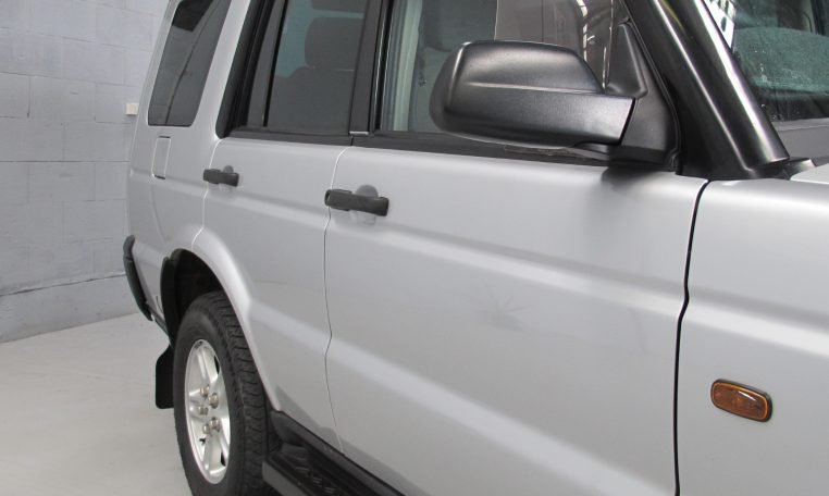 2002 Discovery 2 - Drivers Side Profile