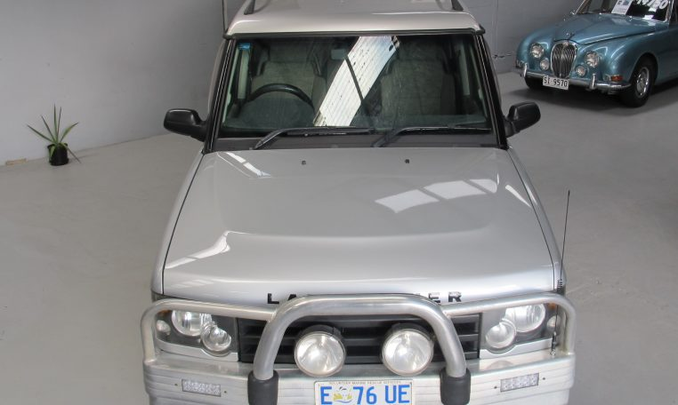 2002 Discovery 2 - Front Profile