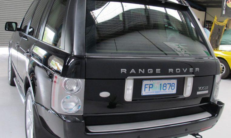 Range Rover Vogue - Rear Profile