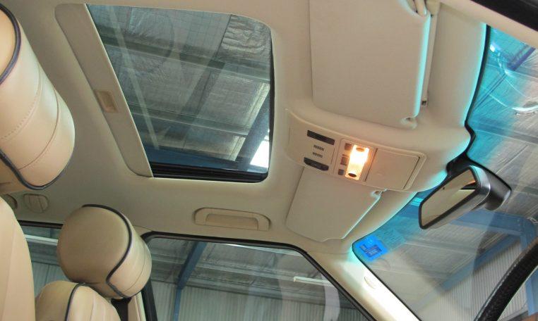 Range Rover Vogue - Sunroof