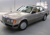 Mercedes 300 CE - Front