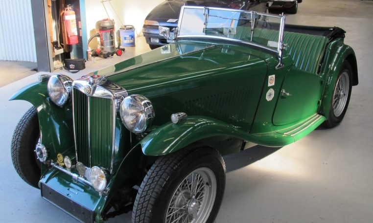 1947 MG TC - Front Profile