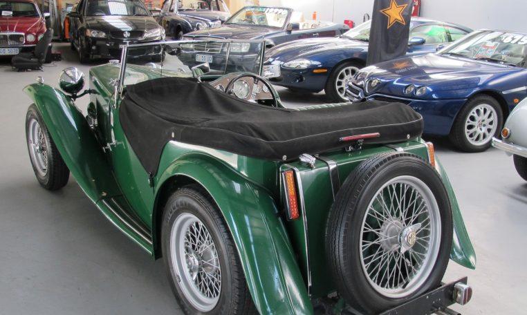 1947 MG TC - Rear Tyre