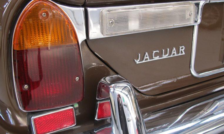 Jaguar XJ6 Series 2 - Tail Light