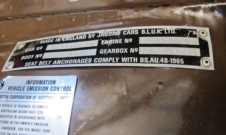 Jaguar XJ6 Series 2 - ID Plate