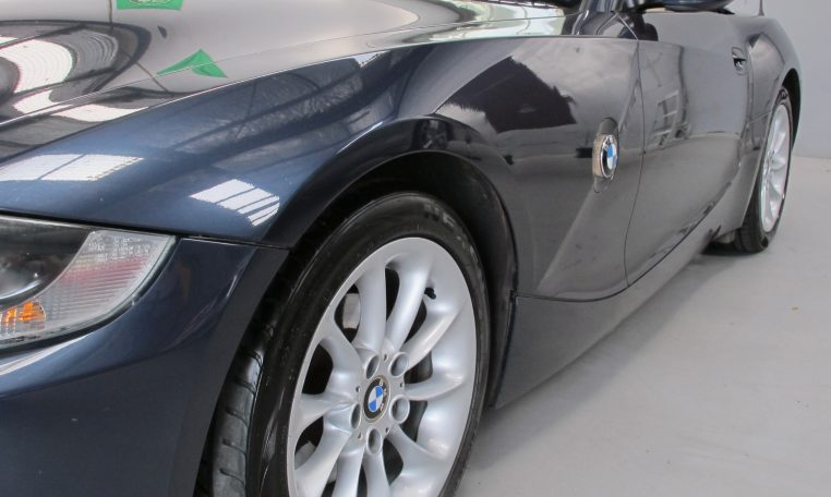 2005 BMW Z4 - Front Guard