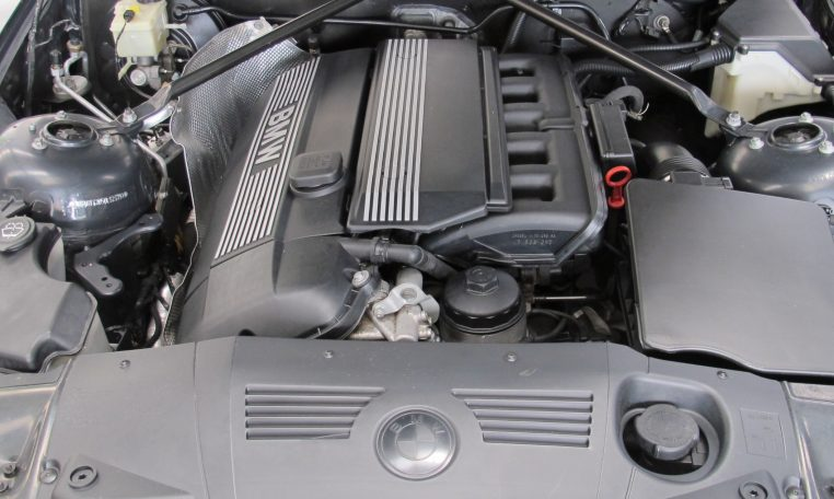 2005 BMW Z4 - Engine Bay