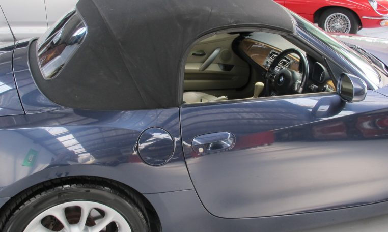 2005 BMW Z4 - Rear Wheel