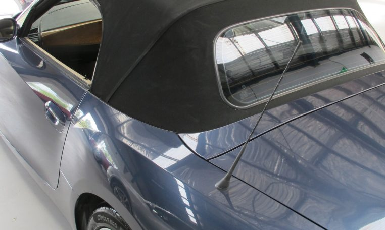 2005 BMW Z4 - Convertible Roof