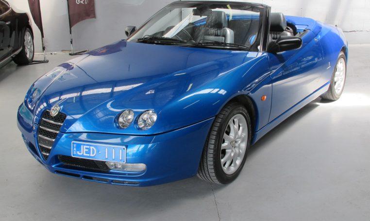 2003 Alfa Romeo Spider - Front