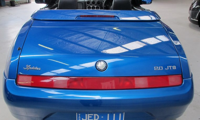 2003 Alfa Romeo Spider - Tail Lights