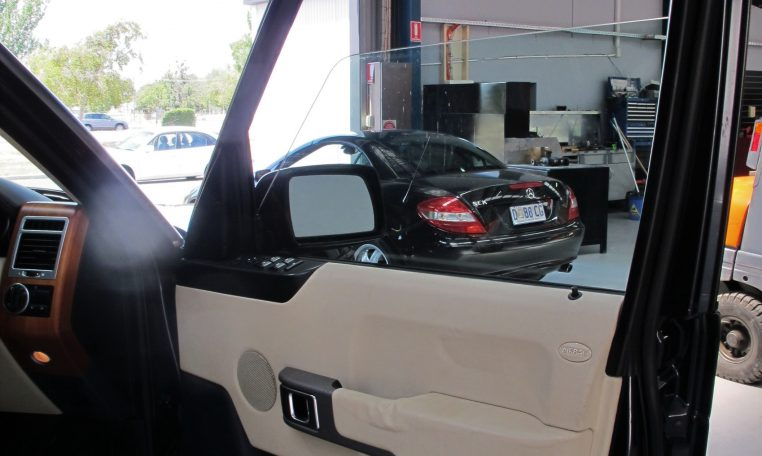 2003 Range Rover Vogue - Inside Drivers Door
