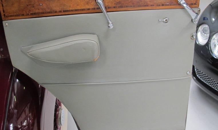 1933 Rolls Royce - Inside Door