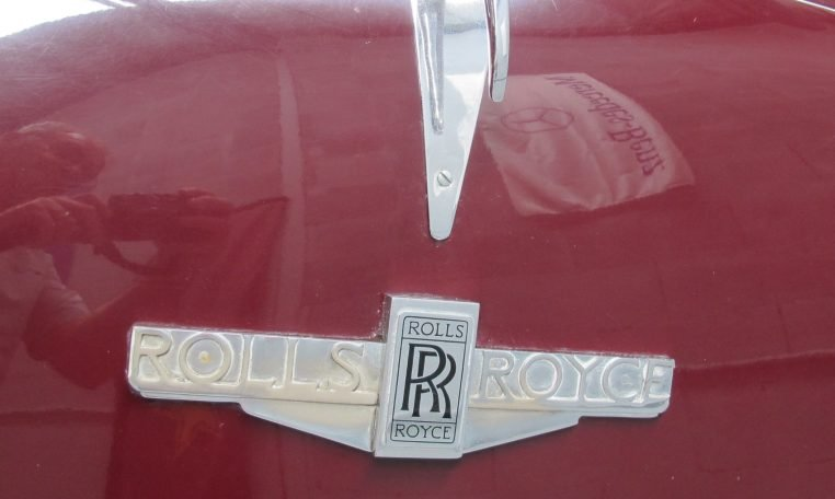 1933 Rolls Royce - Badge