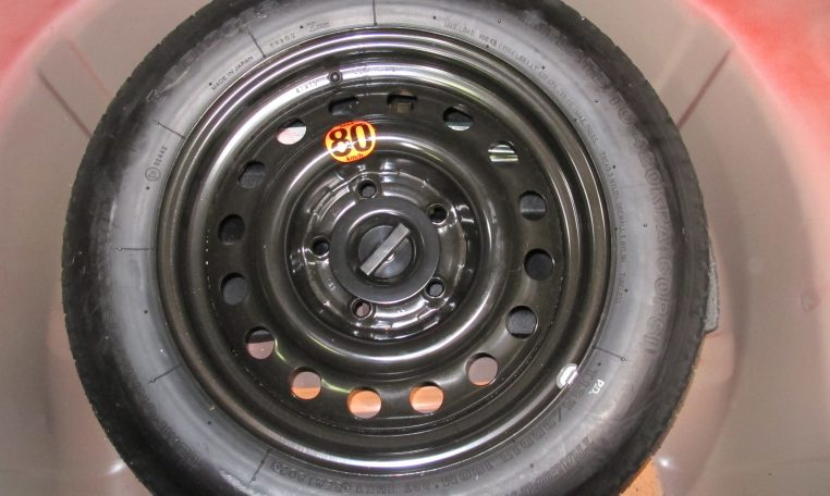 2003 Holden Monaro - Spare Wheel