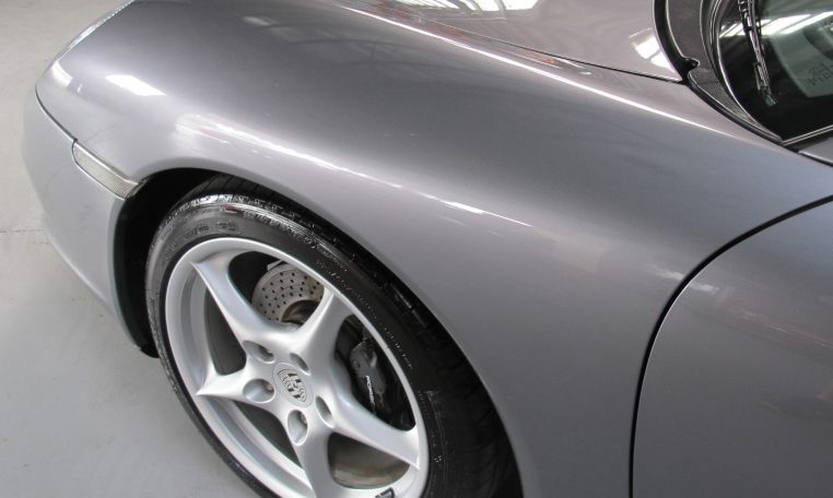 2002 Porsche 911 Carrera - Front Wheel