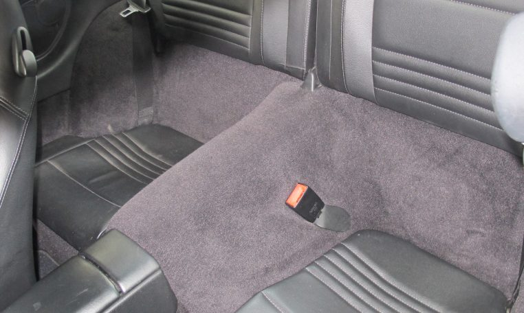 2002 Porsche 911 Carrera - Back Seats
