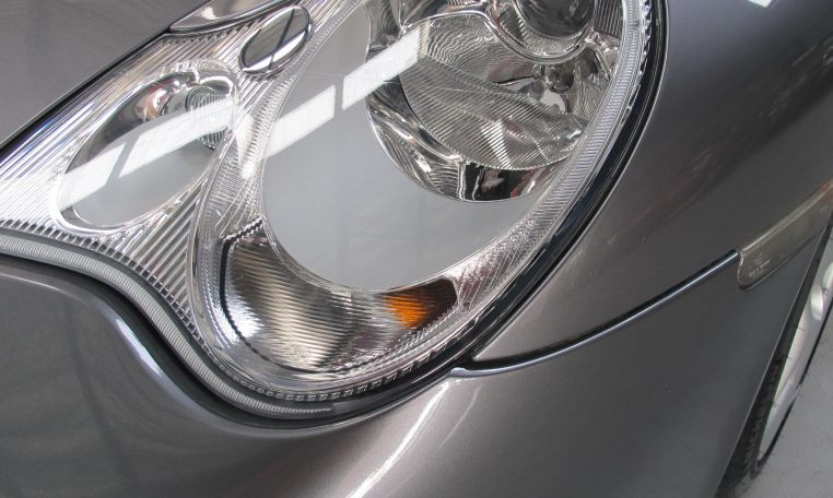 2002 Porsche 911 Carrera - Head Light