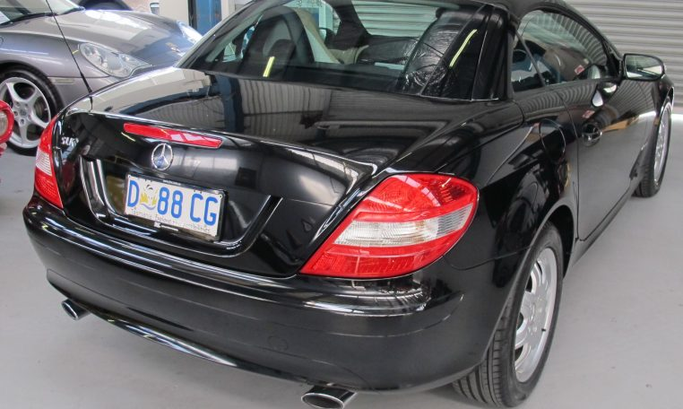 Mercedes Benz SLK - Tail Light