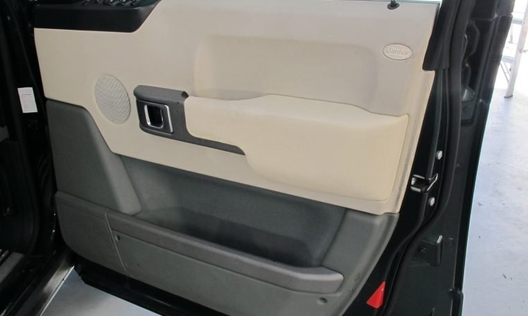 2002 Range Rover HSE - Inside Drivers Door