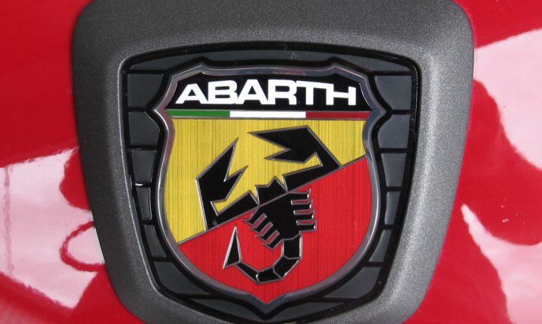 2017 Abarth 124 Spider - Badge